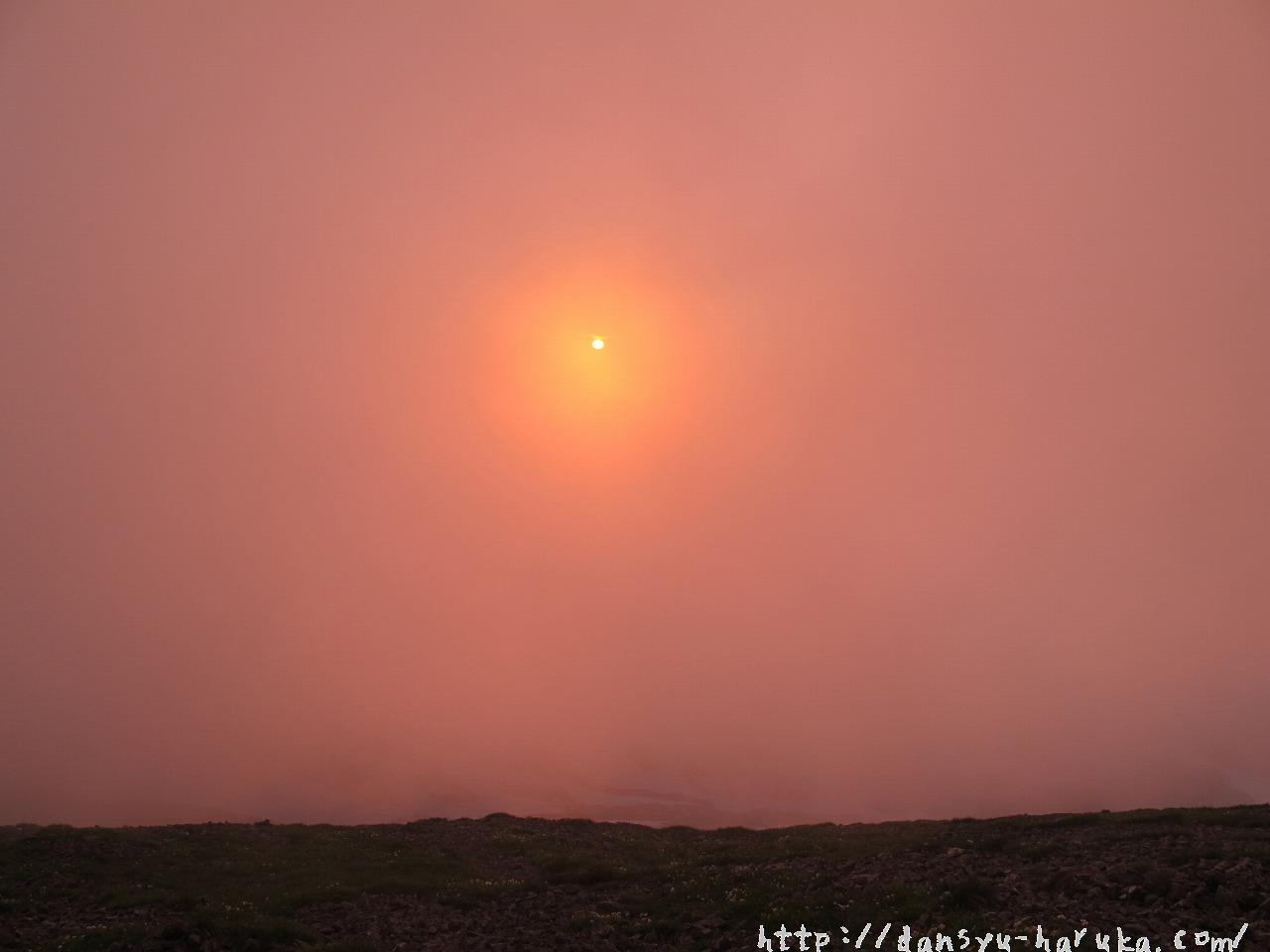 断酒主婦はるかが撮った白馬山山頂からの沈む太陽